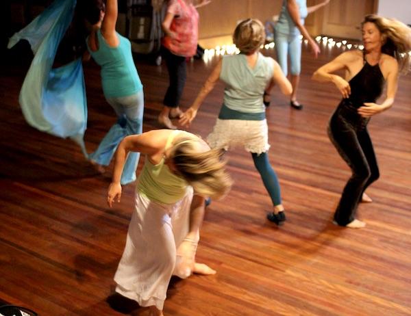 Dancing flow