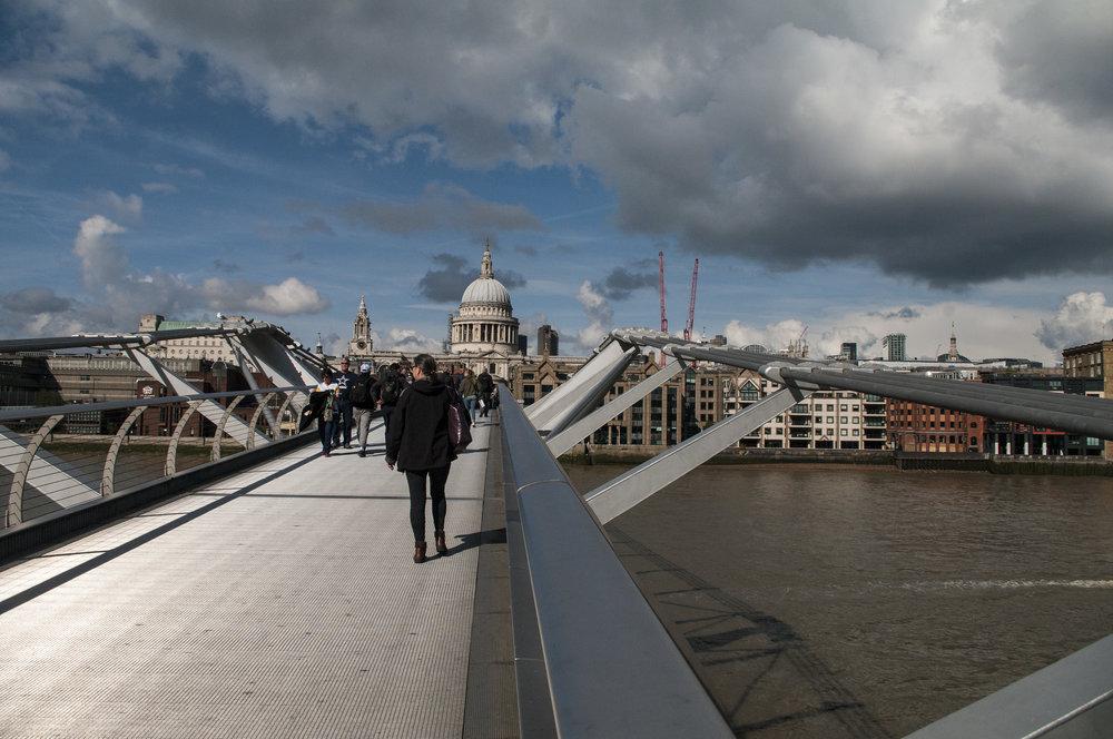 Millenium Bridge 2.jpg