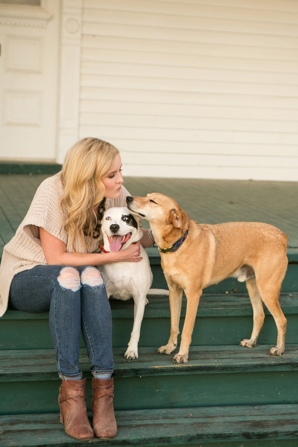 Nashville Dog Photographer | Family Photographer in Tennessee