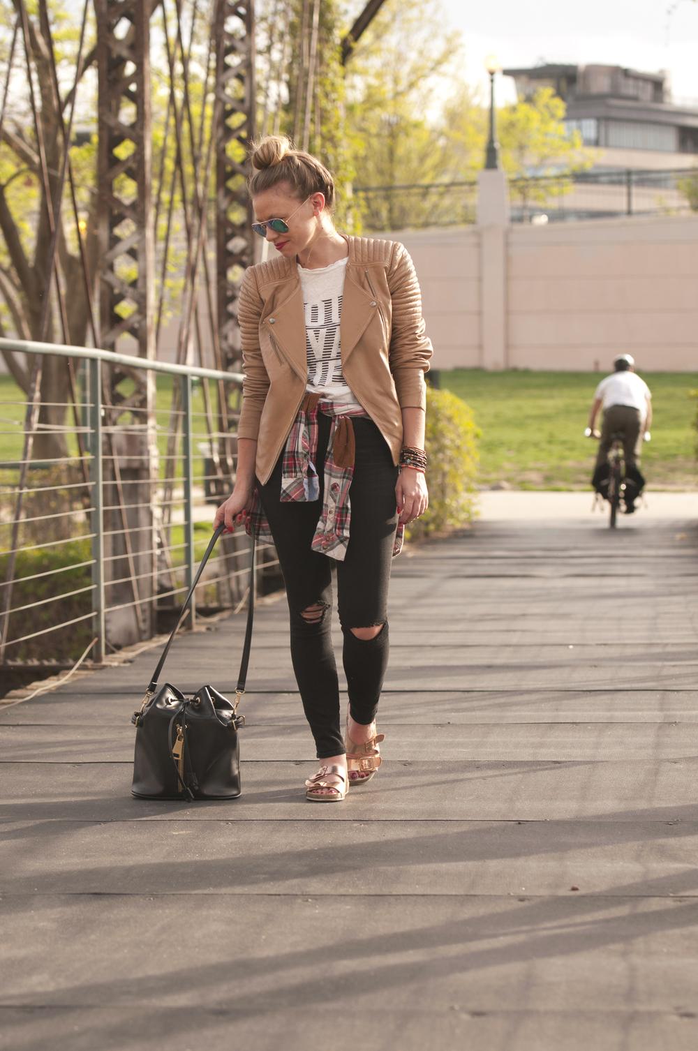 """<img src=""""Leather Jacket Black Denim.jpg"""" alt=""""Blogger outfit black denim"""" />"""