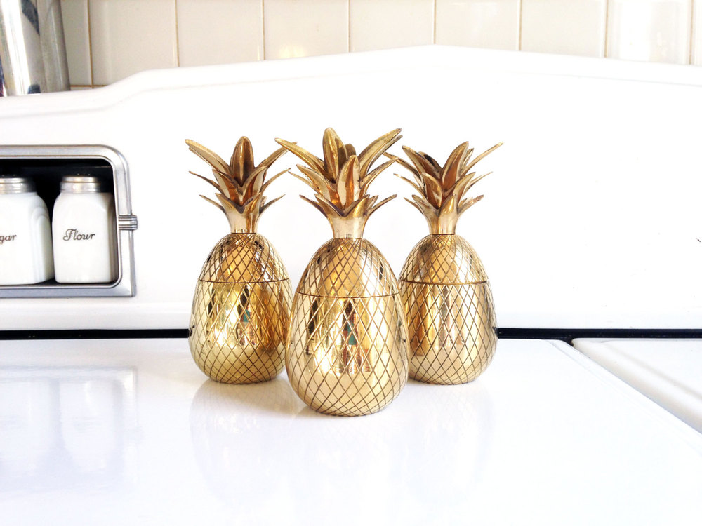 BRASS PINEAPPLE BOX & CANDLE HOLDER  FROM  SERGEANTSAILOR