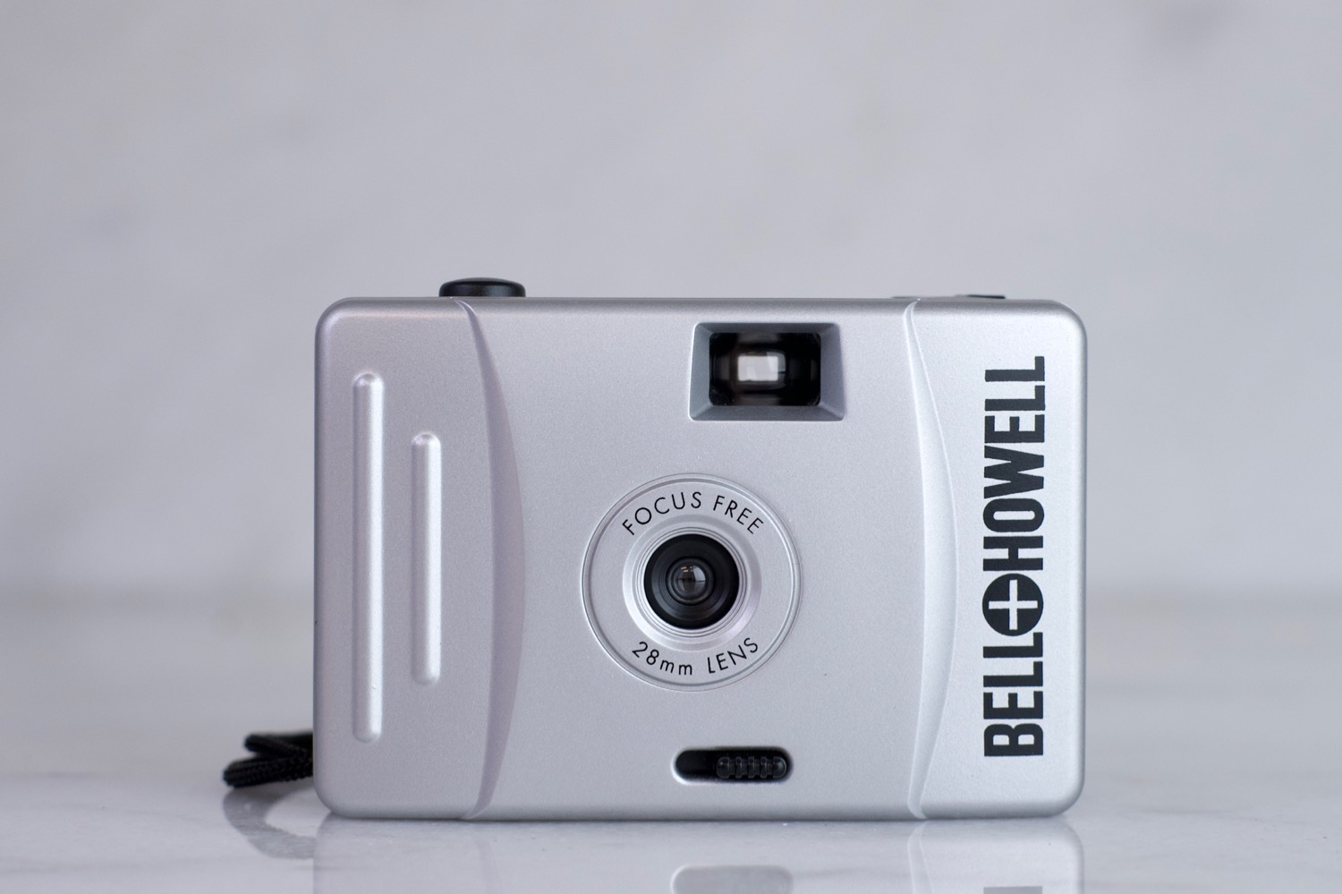 Bell & Howell Focus Free 35mm Point and Shoot Camera