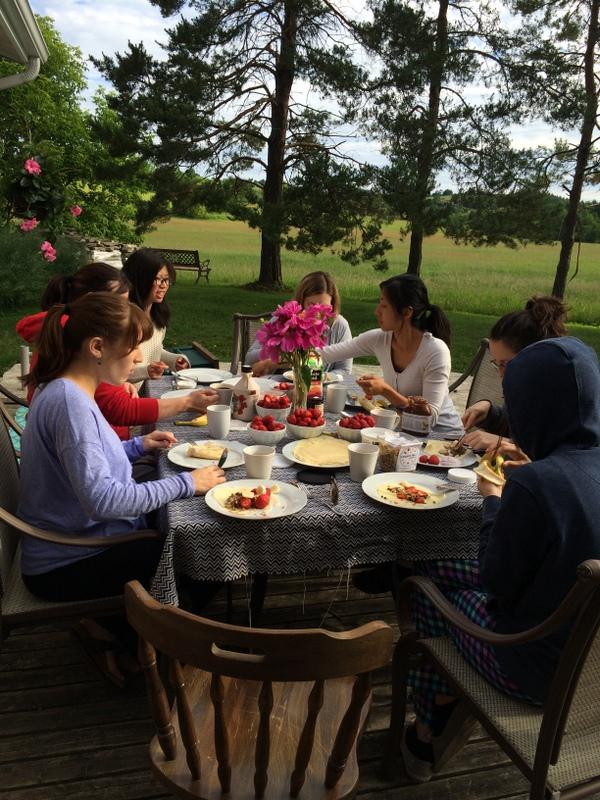 Outdoor crepe breakfast