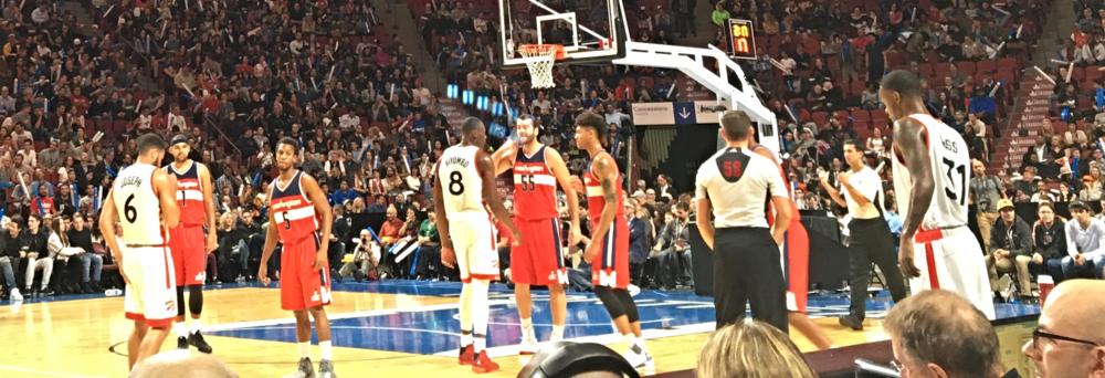 PHOTO SIMON CREMER Les Raptors et Wizards dans le match au Centre Bell de la série NBA Canada.