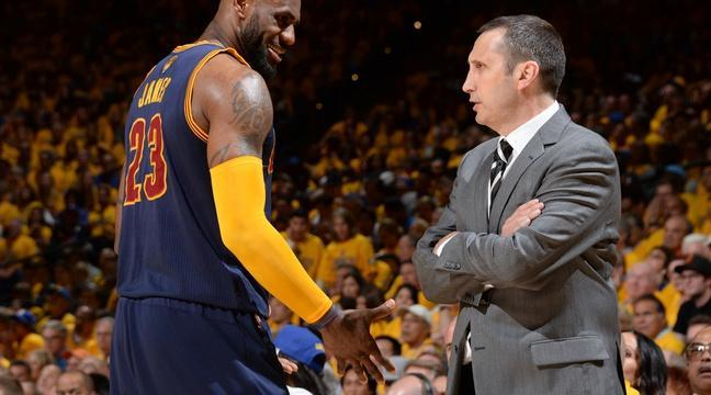 PHOTO TIRÉE DE TWITTER LeBron James et David Blatt