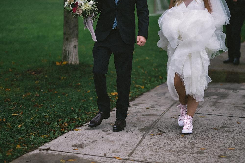 lina-alex-torontoislandwedding-103.jpg