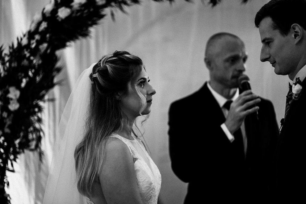 lina-alex-torontoislandwedding-195.jpg
