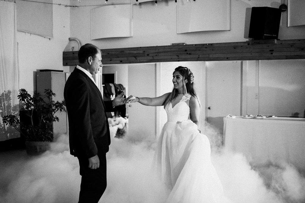 lina-alex-torontoislandwedding-495.jpg