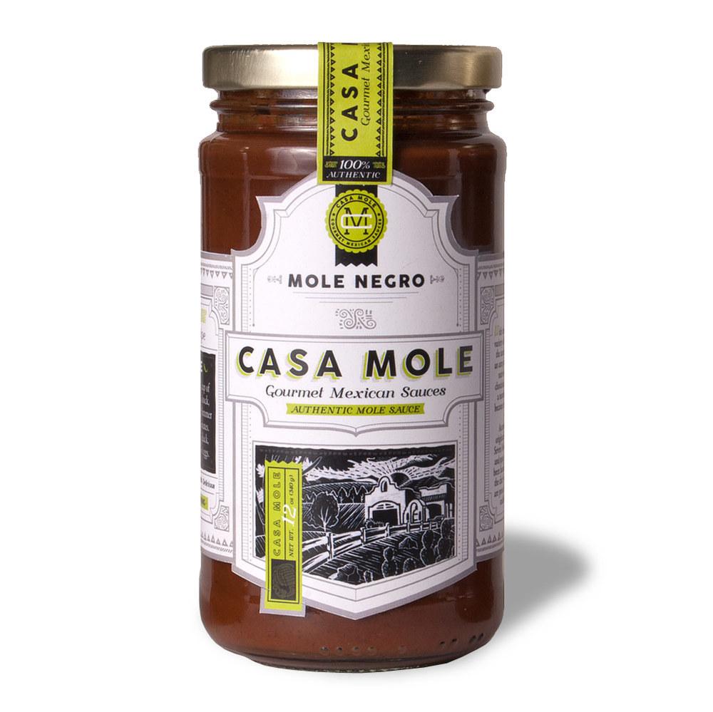 casa_mole_mole_negro_herioc_5_bottles_blur_1500px.jpg