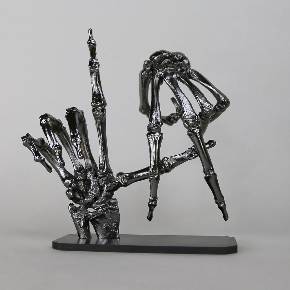 To_Live_And_Die_In_LA_CHROME_Mesple_Sculpture_01.jpg