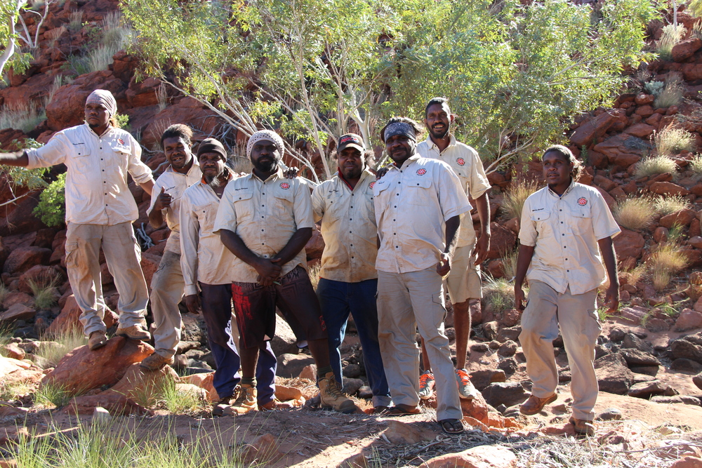 Members of the Jigalong and Parnngurr ranger teams out on country