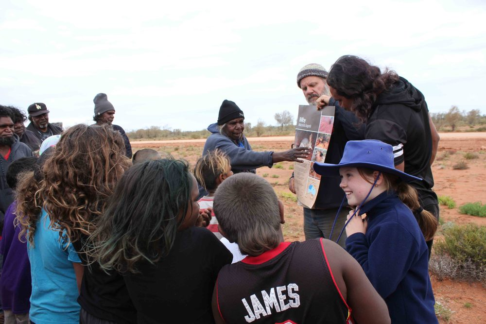 Jigalong ranger, Pamela Jeffries, explaining about the bilby