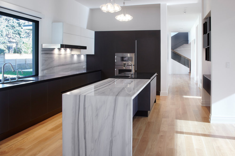 1216-royaloak-kitchen.jpg