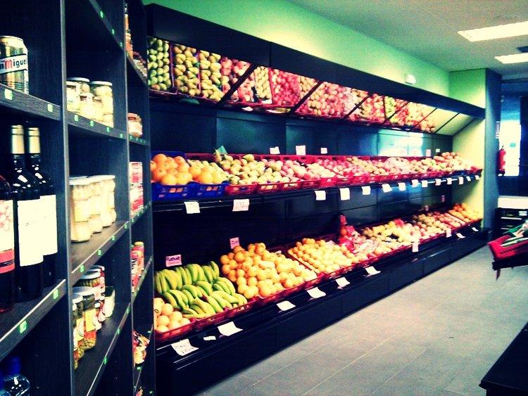 Resultado de imagen de tienda de alimentacion