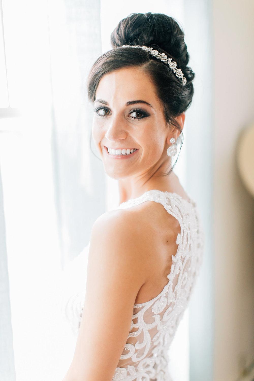 MagdalenaStudios_WeddingPhotographer_WillowCreekWinery_CarissaJoe-166.jpg