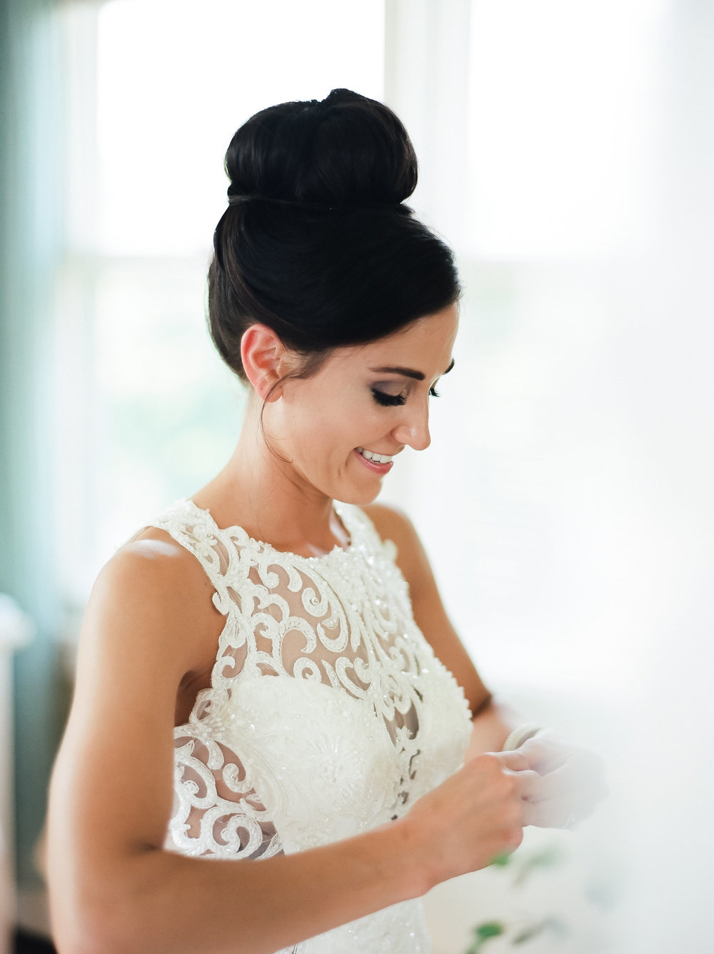 MagdalenaStudios_WeddingPhotographer_WillowCreekWinery_CarissaJoe-161.jpg
