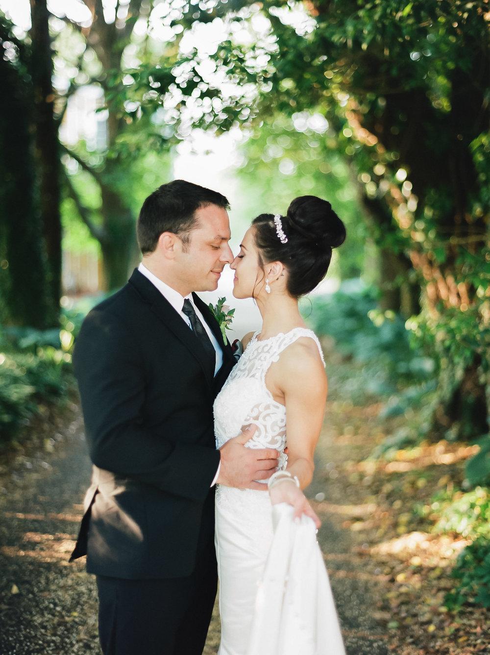 MagdalenaStudios_WeddingPhotographer_WillowCreekWinery_CarissaJoe-433.jpg