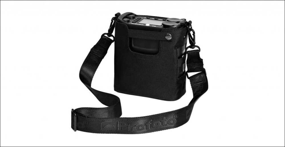The Carrying bag houses the B2 battery pack. Carry it on your belt, shoulder or hang it on a stand.