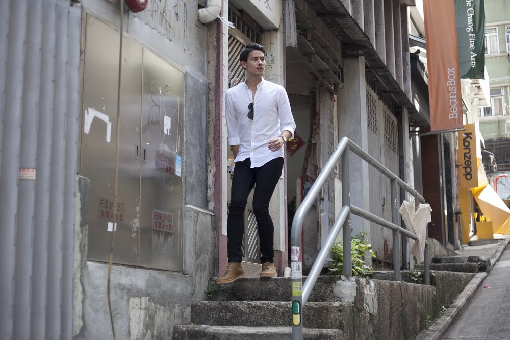 Shirt: Zara Jeans: Uniqlo Shoes: UGG