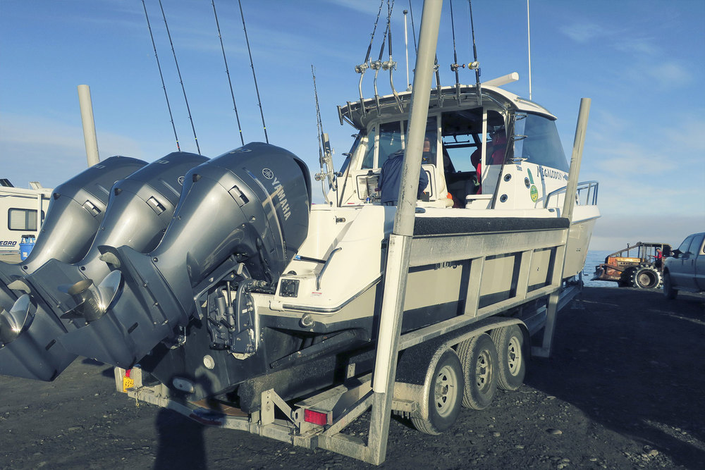 The rig; Everglades 350EX