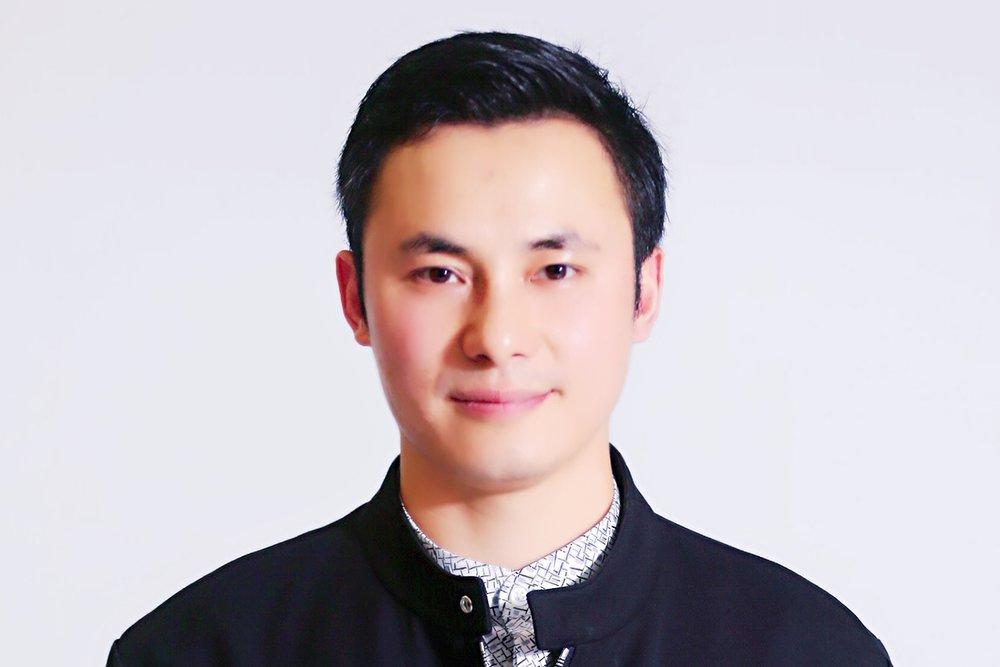 profile photo-Lin Zhang.JPG