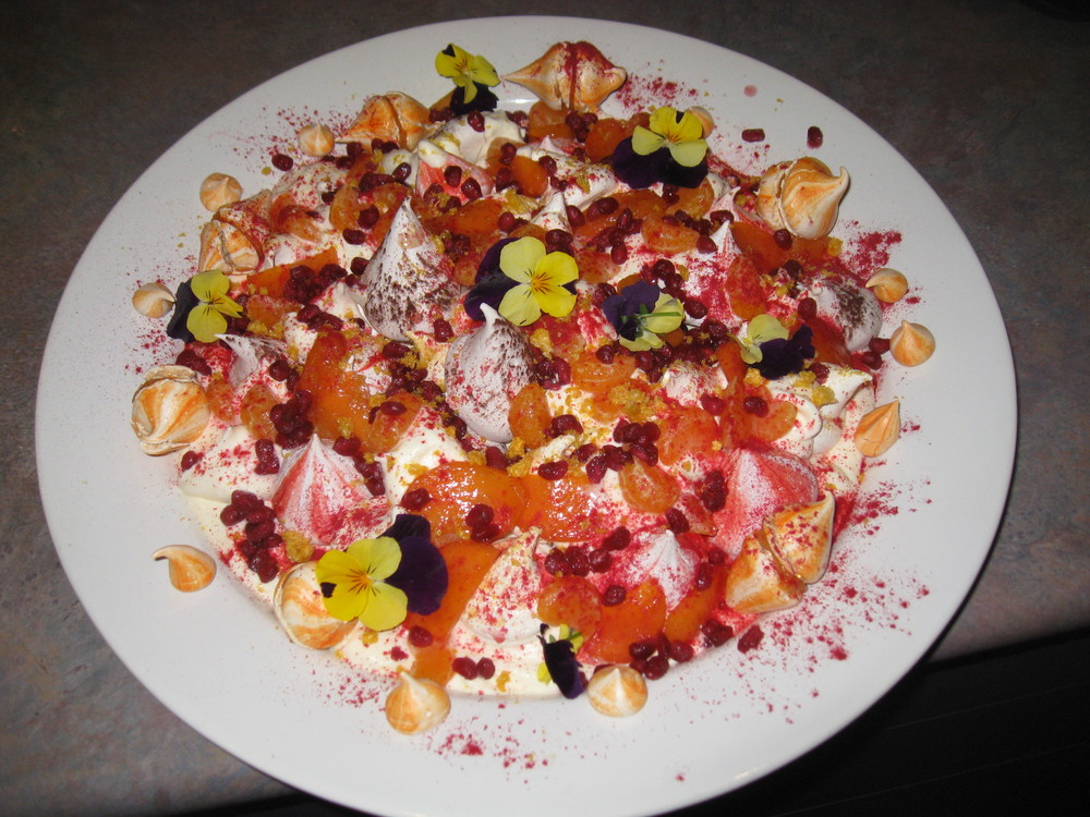 Boozy Winter Eton Mess 2.JPG