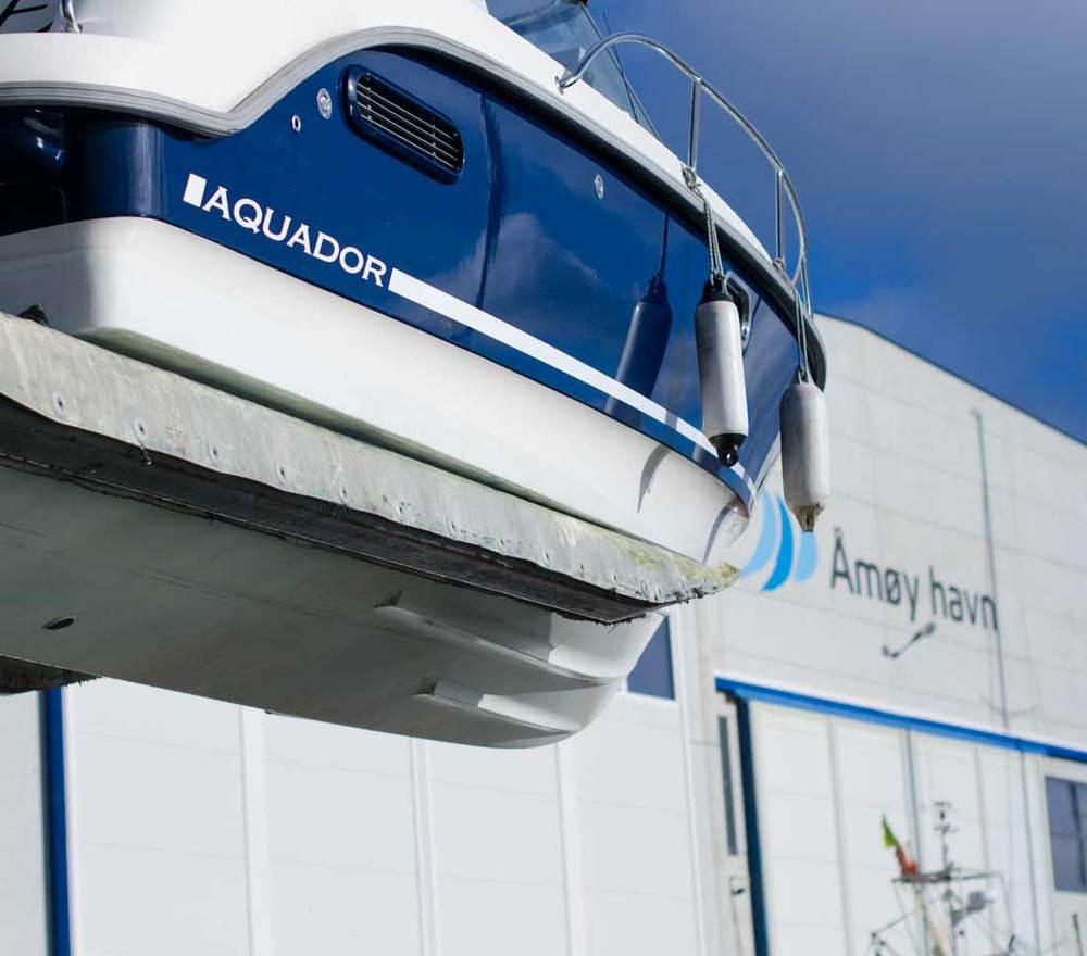 Åmøy-havn-båthotell.jpg
