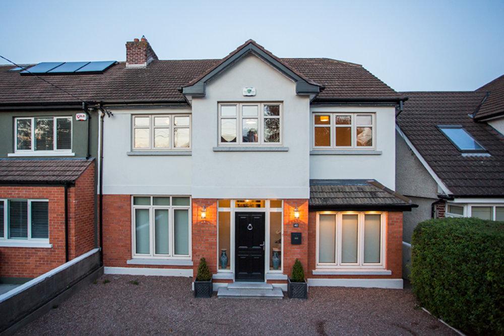 exterior-priory-avenue-house-design-night.jpg