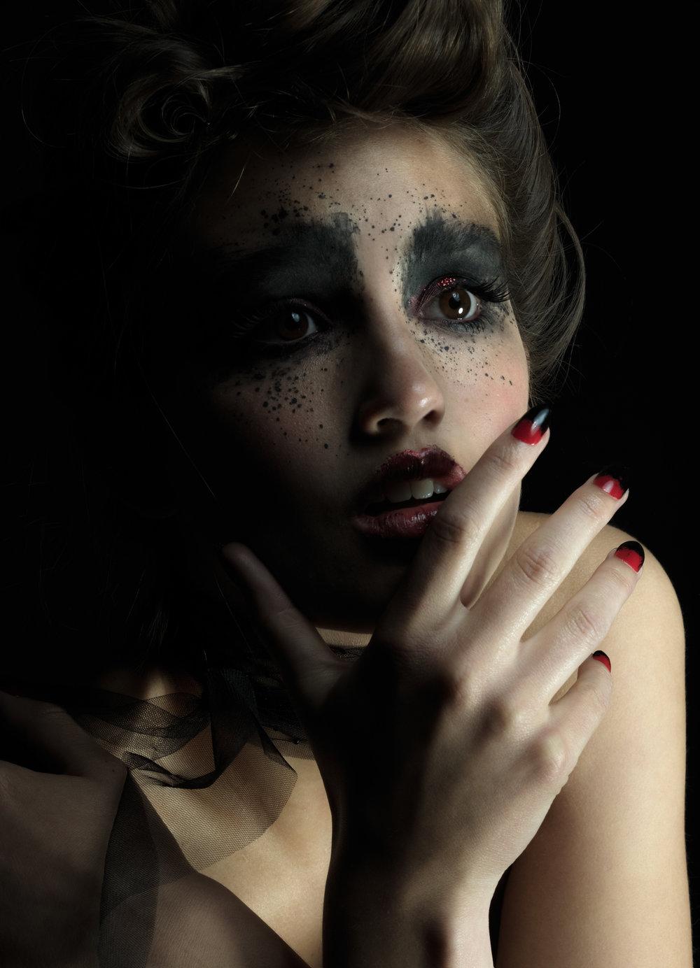 Moulin Rouge_by_Caspar Arnhold_B_0279_ME_HiRes.jpg