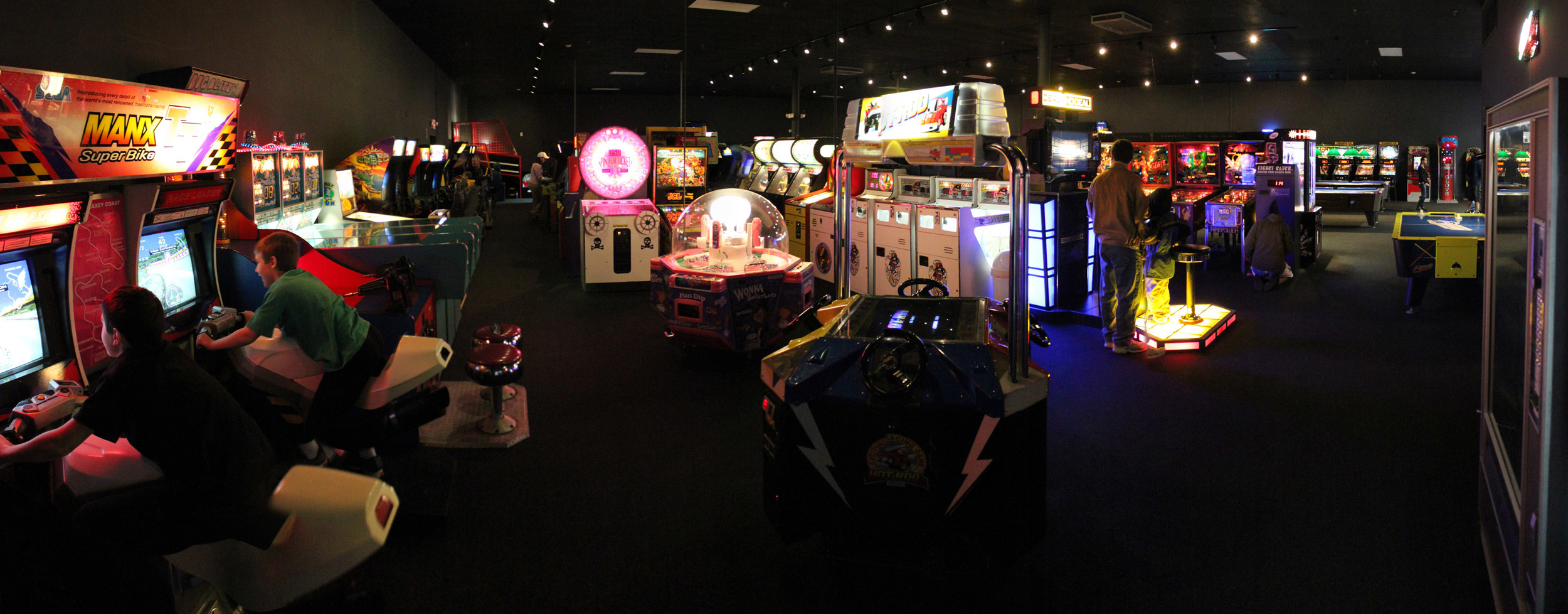 Pinball_Wizard_Arcade_Panorama_13-large