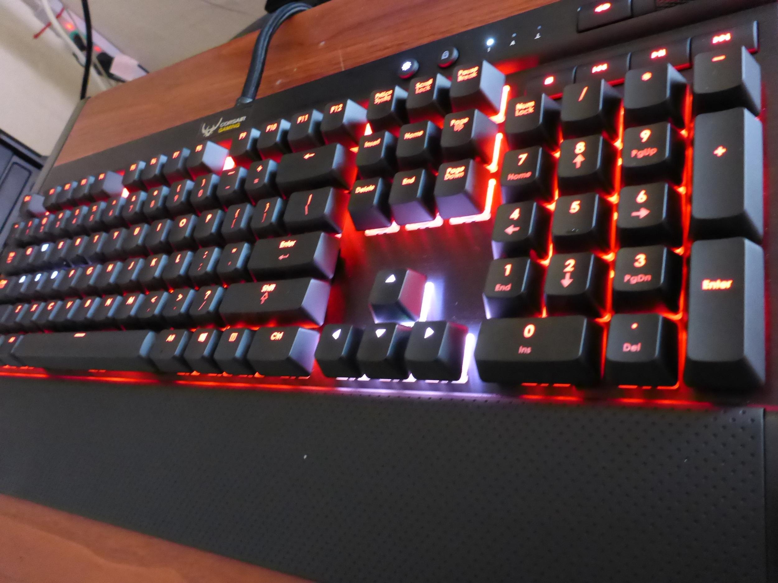Corsair Gaming K70 RGB Mechanical Keyboard Review: Power
