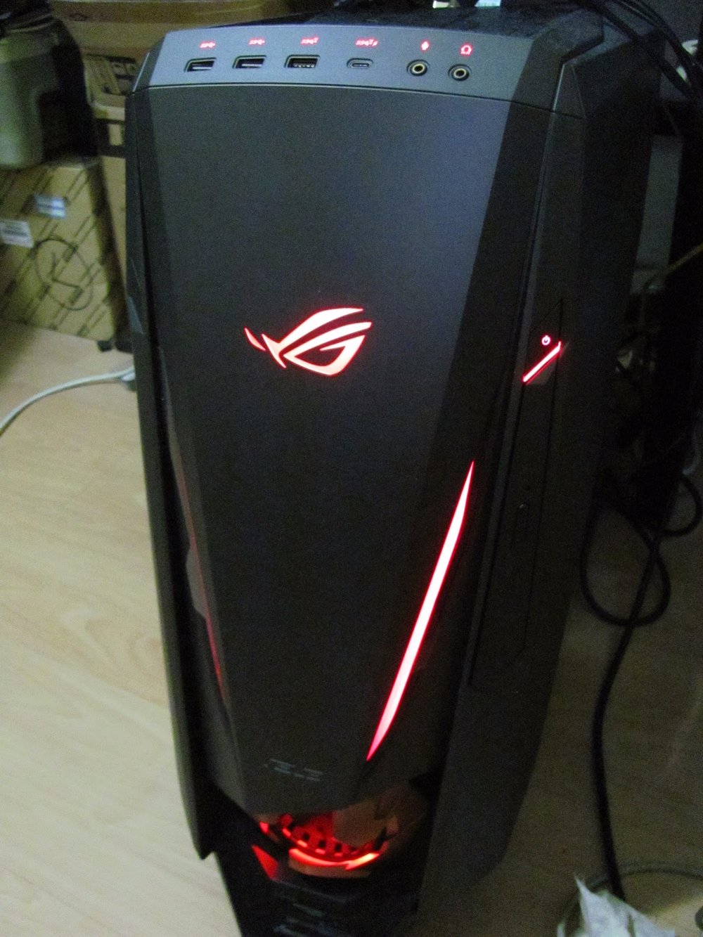 I don't actually appreciate LED all that much, however it will look right at home with any red-themed and red or multcolored LED'd gaming gear with a black frame.