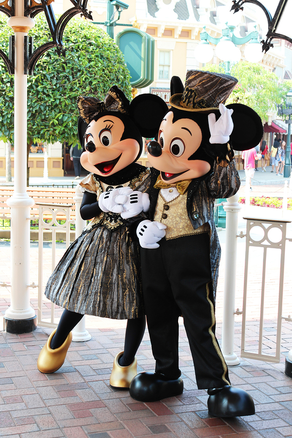bigstock-Mickey-Mouse-And-Minnie.jpg