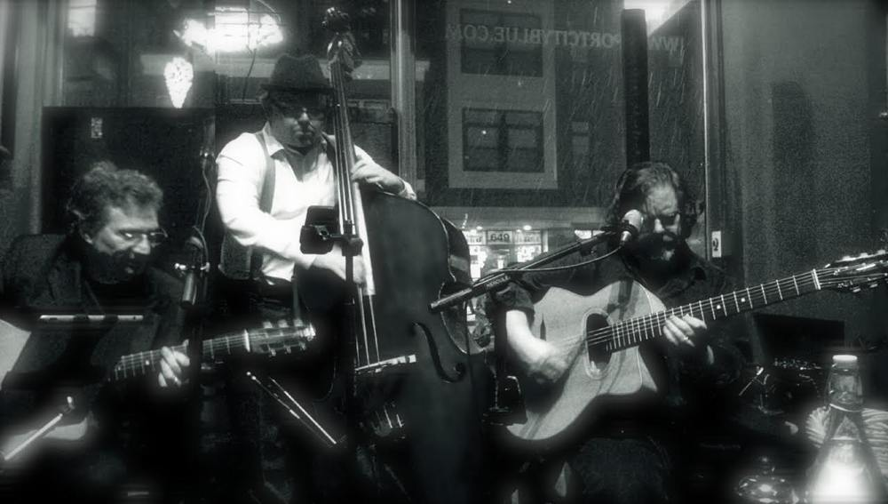 Mes' Amis – Original acoustic Jazzy trio known for an infectious mix of rhythms, bass & melodies