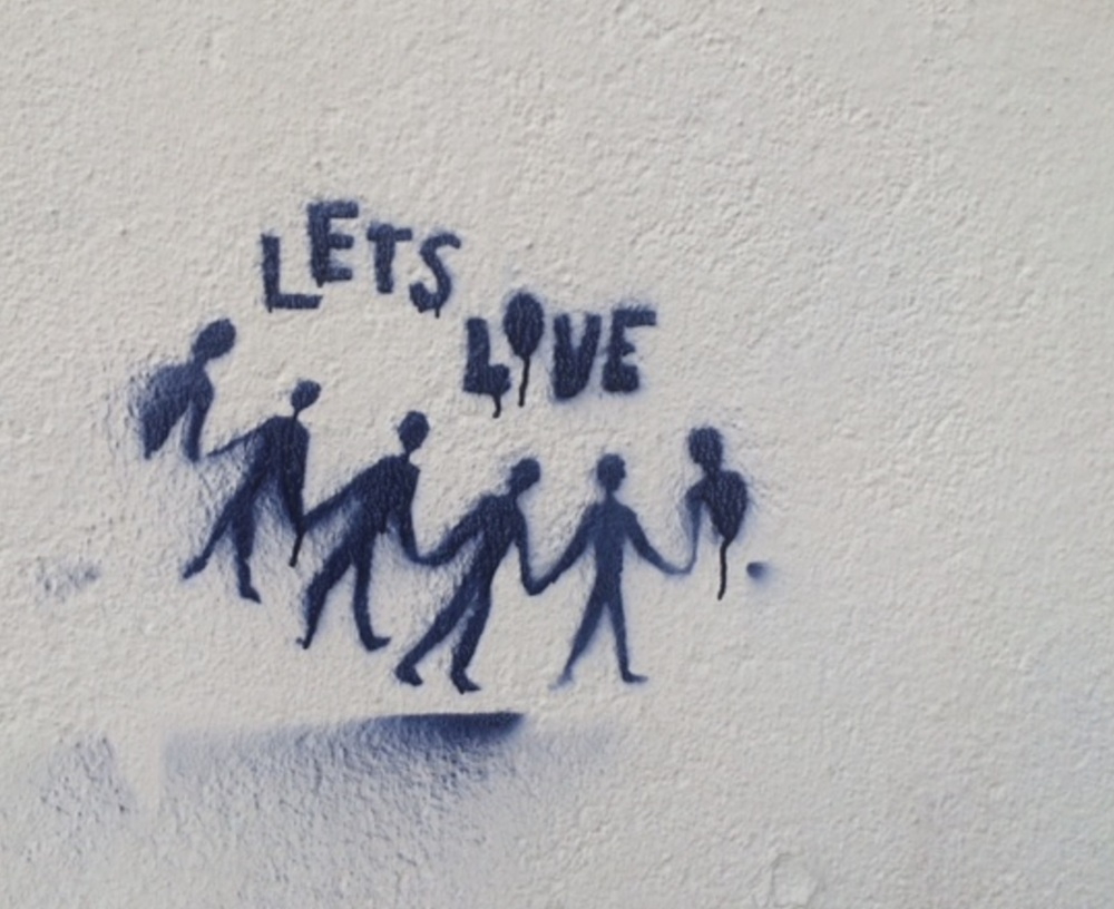 A graffiti stencil on the wall of a train station in Hamburg. Photo credit: Lina Ludwig/GYV
