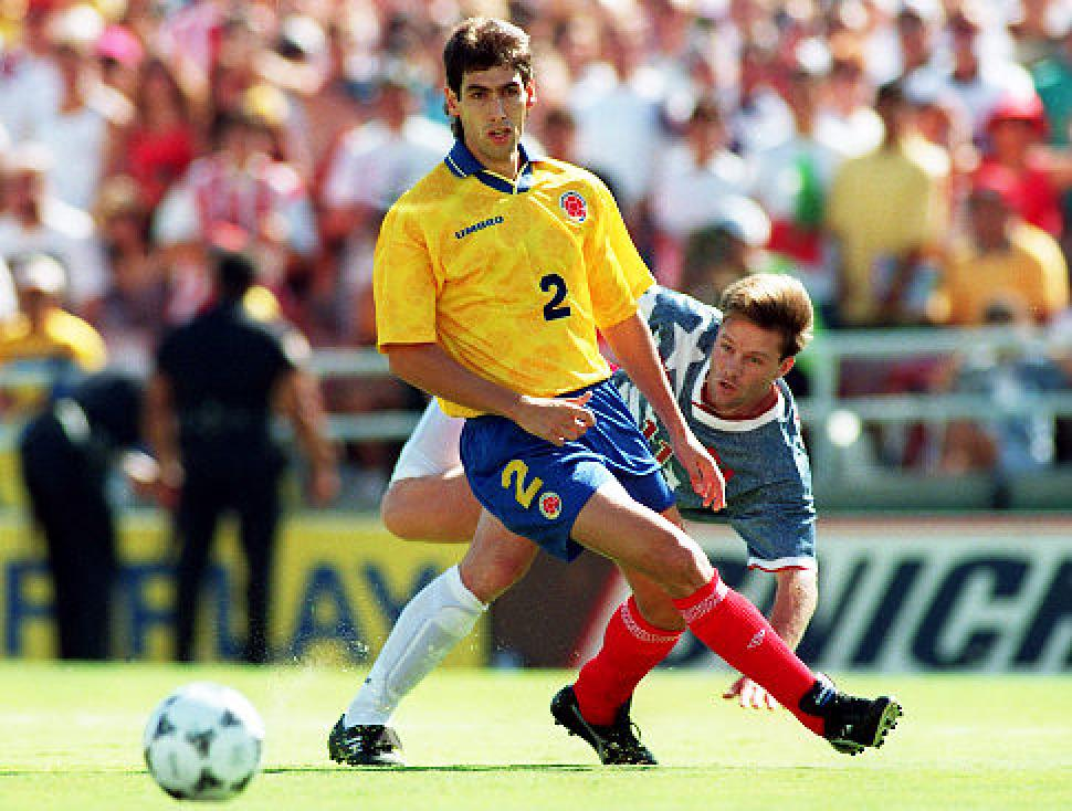 Andrés Escobar shields the ball from U.S.'s Eric Wynalda at the fateful game. Photo credit: Nydailynews.com