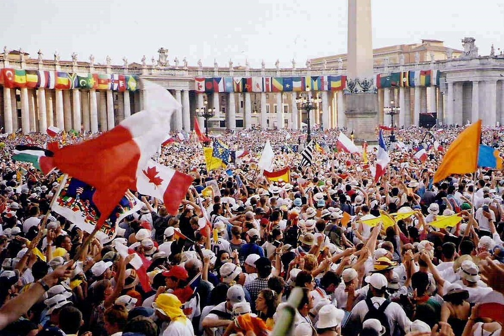 First International Youth Day celebration in Rome in 2000. Credit: Wikimedia