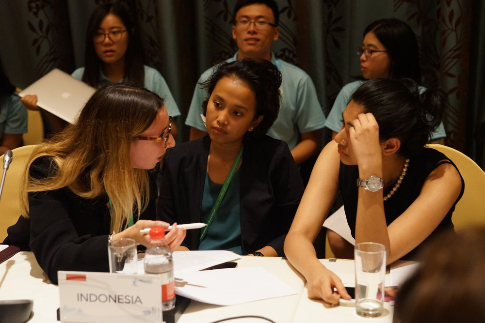 From left to right: Global Young Voices President Camilla Curnis with head delegates from Indonesia and India, Hanifah Ahmad and Reeya Rao, respectively. Credit: Y20 China Organizing Committee