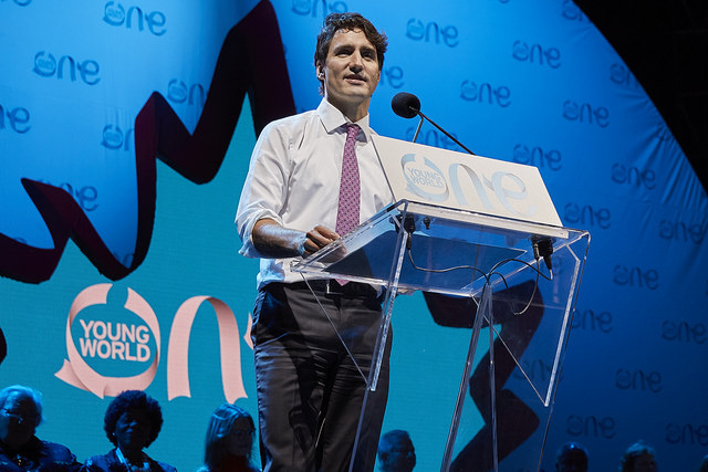 Canadian Prime Minister Justin Trudeau addressing an international crowd at the summit. Credit:  One Young World via Flickr