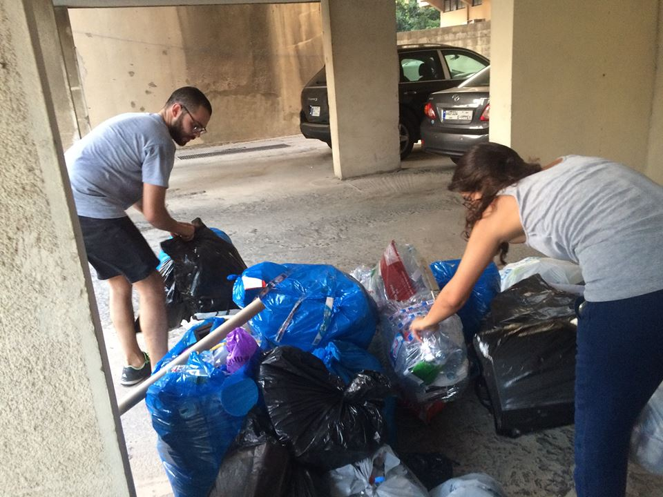 The Ganatch team collecting garbage from homes in one of Beirut's suburban cities, Antelias. Credit: Ganatch (Published with permission from Ganatch cofounder Varant Kurkijian)