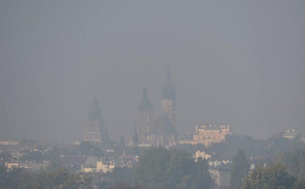 Smog in  Kraków , Poland. Credit: Jacek Bednarczyk/Polska Agencja Prasowa ( Polish Press Agency )