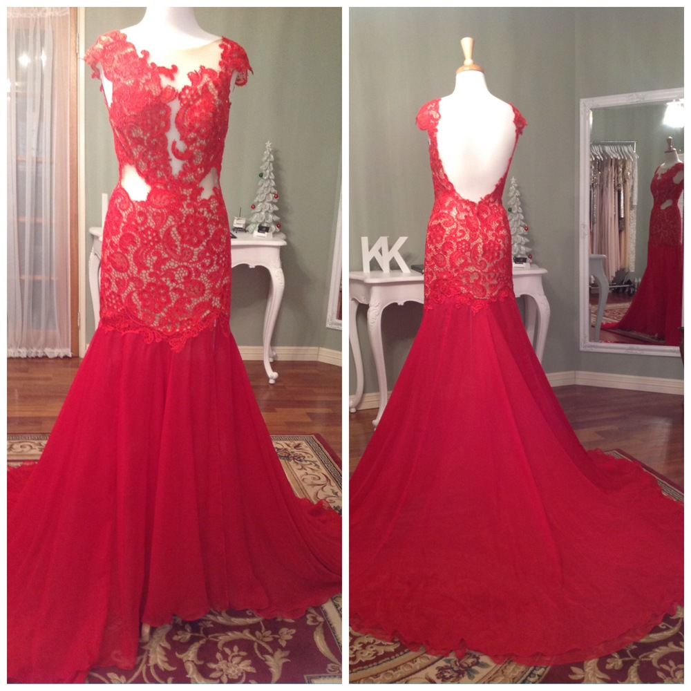 Mac Duggal, Lace Gown