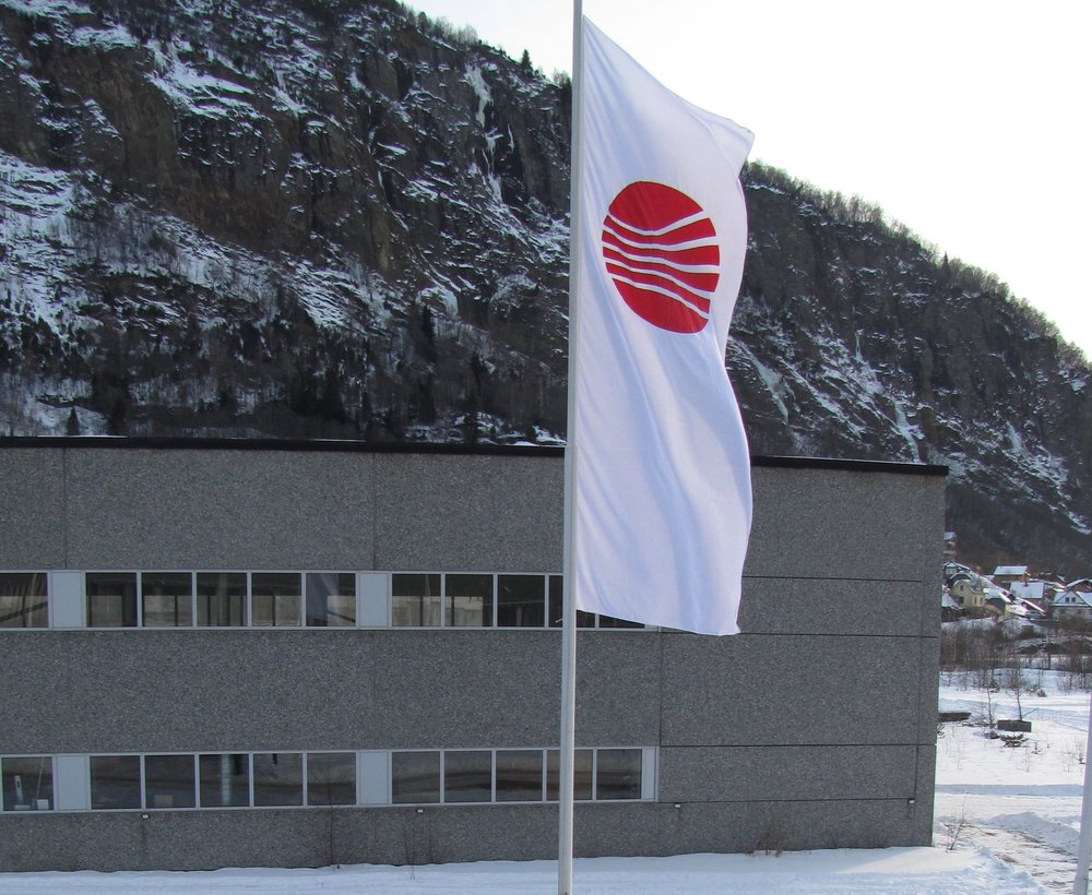 2012 - 1st of January 2012 the company Framo Engineering AS was 100% owners of LMI AS.
