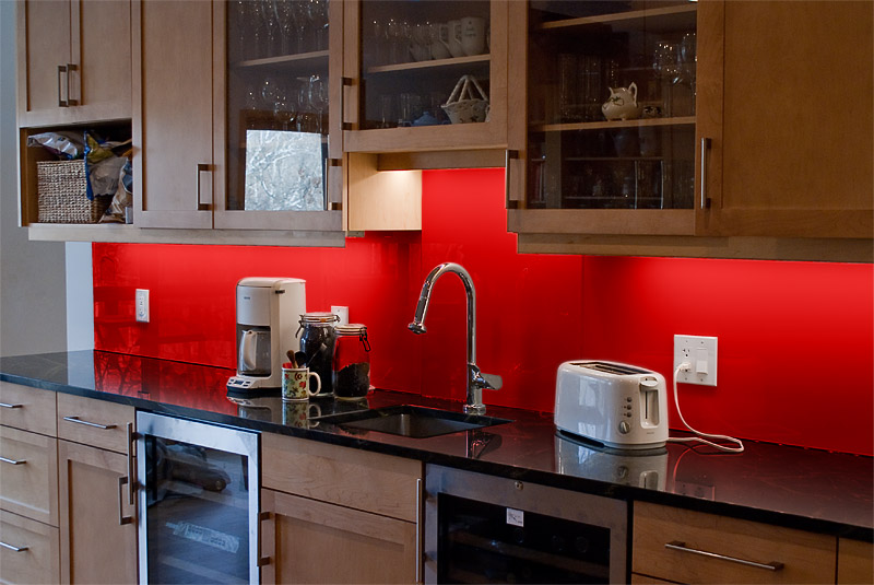 Red backsplash - difficult to replace