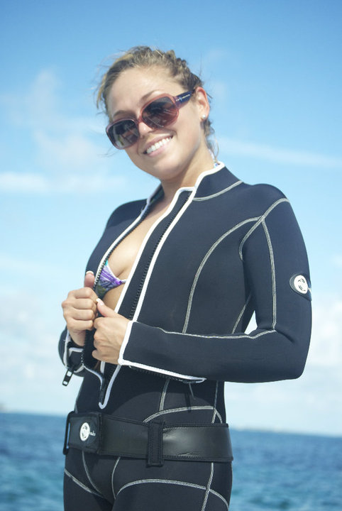 Scuba diving sexy women not so
