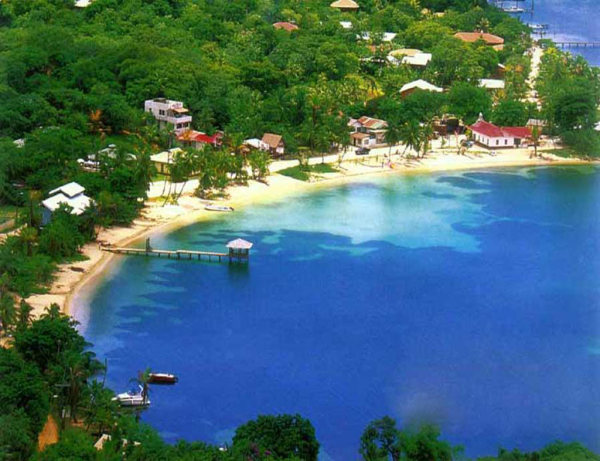 marine sanctuaries in roatan