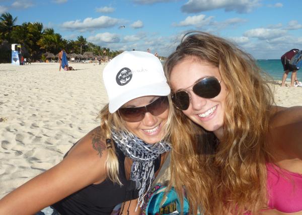 Anna and Victoria Berg