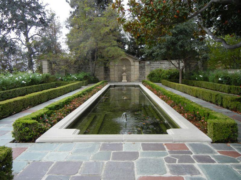 Large formal pool