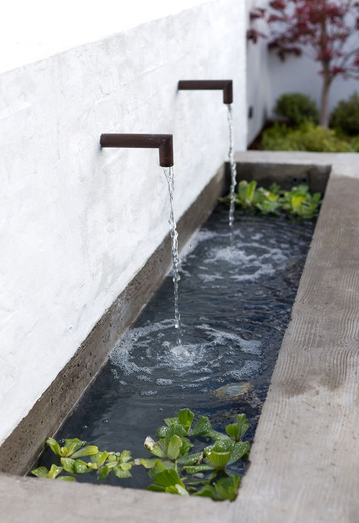 Trough water feature