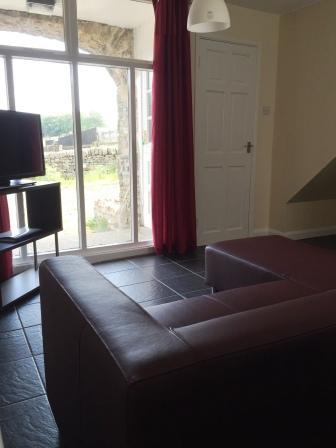 Lounge area 2.JPG
